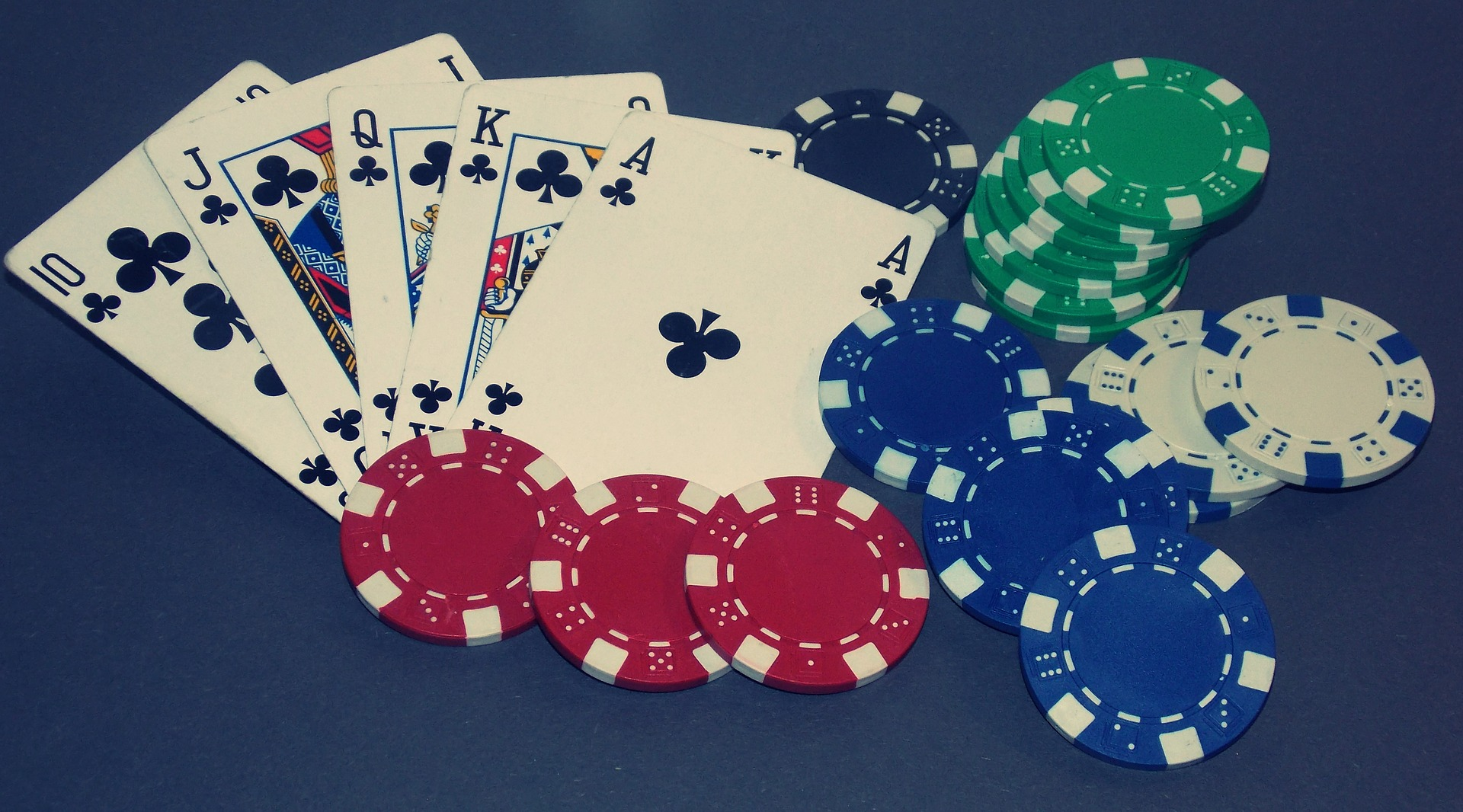 Trik Royal Flush Poker